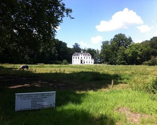 Landhuis het Hunderen in dagwandeling Twellose Landgoederen over het Hanzestedenpad