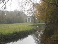 Dickninge op een wandeling over het Maarten van Rossumpad van Steenwijk naar Rogat