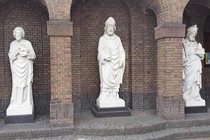 Wandelen over het Marikenpad bij Korvelse Kerk in Tilburg