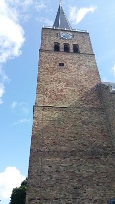 Kerk Franeker op een wandeling van Franeker via Wijnaldum naa Sexbierum over het Nederlands Kustpad