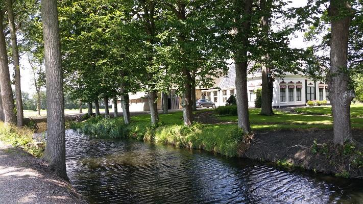 Liauckmastate op een wandeling van Franeker via Wijnaldum naar Sexbierum over het Nederlands Kustpad