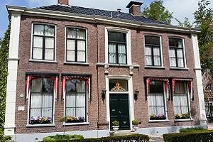 Fries huis op een wandeling over het Noardlike Fryske Wâldenpad
