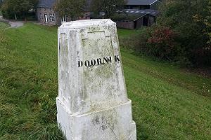 Wandelen in Park Lingezegen bij landgoed Doornik