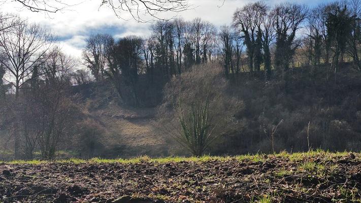 Wandelen over het Peerkepad in de voetsporen van Peerke Donders in het Geuldal