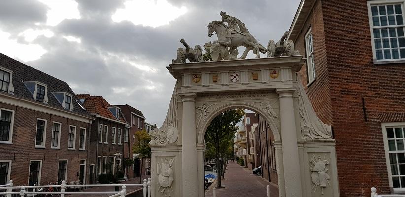 Wandelen over het Romeinse Limespad bij Oude Poort in Leiden