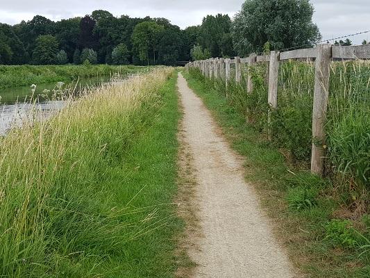 Wandelegn over het Romeinse Limespad op pad langs de Oude Rijn bij Werkhoven