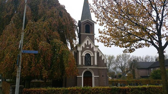Kerkje Winssen op een wandeling van Hernen naar Winssen over het Roots Natuurpad