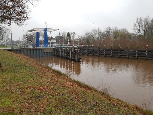 Rogatsluizen tijdens wandeling over het Westerborkpad van Hoogeveen naar Meppel