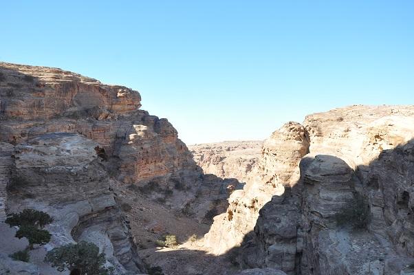 Landschap in Wadi Rum tijdens een wandelreis van SNP door Jordanië