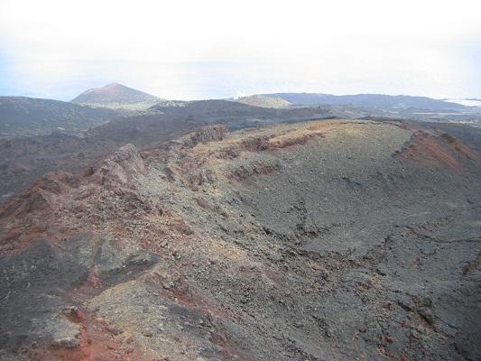 Klassieke vulkaantoer tijdens een wandelvakantie op Canarisch eiland La Palma