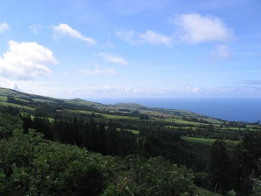 Landschap bij Ribeira Quintes tijdens een wandelvakantie op eiland Sao Miguel op de Azoren