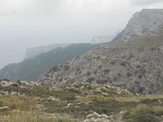Landschap bij Valledemossa op wandelvakantie in Tramuntanagebergte op Spaans eiland Mallorca