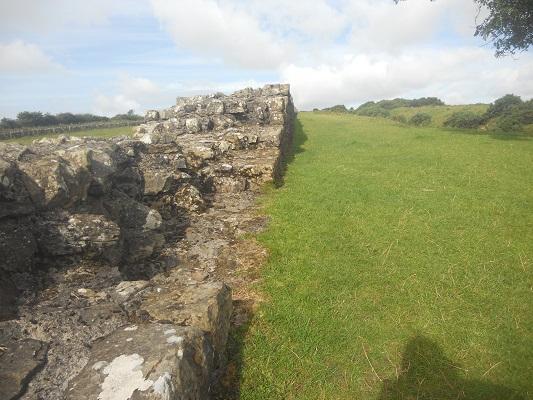 Muur van Hadrianus op een wandeling van Heddon on Wall naar Chollerford op een wandelreis over de Muur van Hadrianus in Engeland