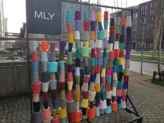 Kunstwerk Strijp-S tijdens een wandeling over het Philipspad van Gegarandeerd Onregelmatig in Eindhoven