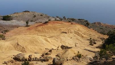 Maanlandschap op wandeling bij Vallehermoso op Canarisch eiland La Gomera