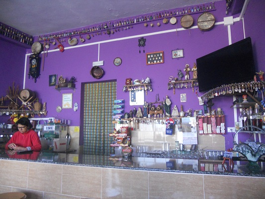 Wandeling van El Cercado naar La Calera door dal van grote Koning bij bar Maria