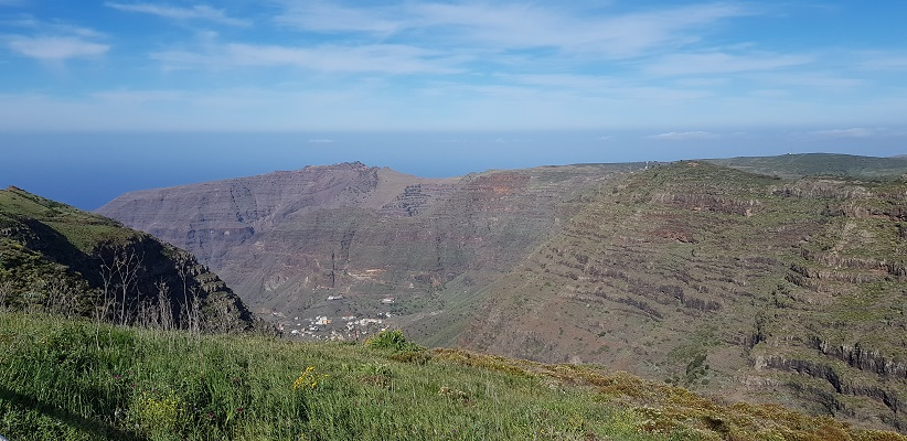 Wandeling van El Cercado naar La Calera door dal van grote Koning