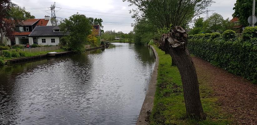 Wandelen van Harmelen naar Woerden over het Romeinse Limespad langs de Oude Rijn