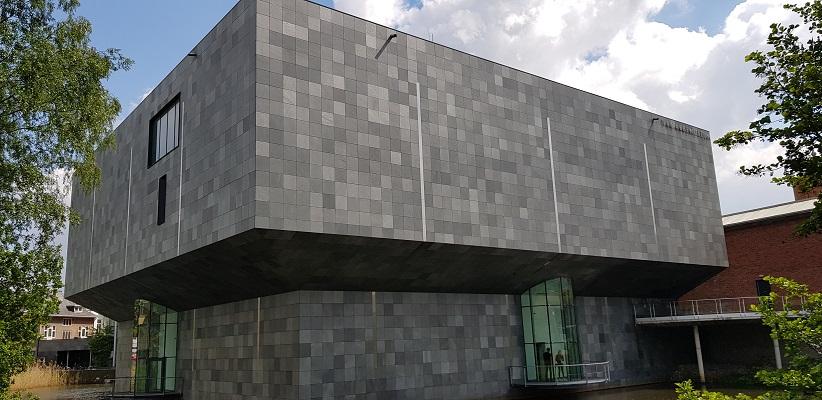 Wandeling van Gegarandeerd Onregelmatig over het Parkstadpad van Wandelen buiten de binnenstad van Eindhoven bij het Van Abbemuseum