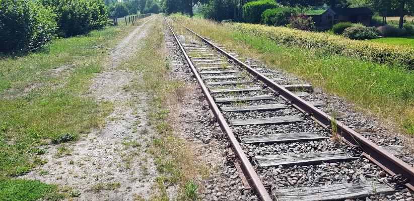 Wandeling over een trage tocht door het Dommeldal bij Liempde bij oude spoorlijn Duits Lijntje