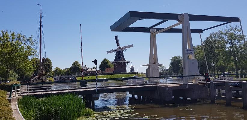 Wandeling van Ferwerd naar Dokkum over het Elfstedenpad