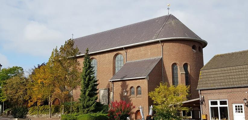 Kerk van Geijsteren op NS-wandeling Landgoed Geijsteren