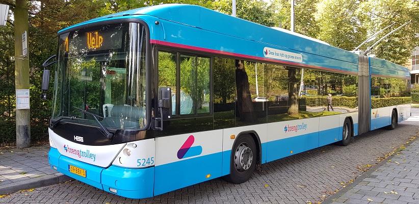 Trolleybus in Oosterbeek bij Arnhem