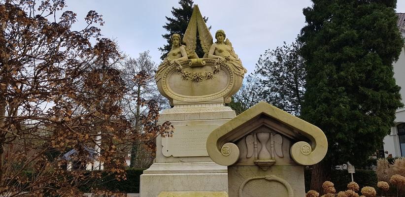 Wandeling ten westen van de Amstel in Amsterdam op begraafplaats Zorgvlied
