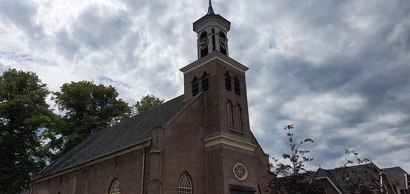 Landgoedwandeling over het Keppelpad bij de kerk in Hummelo