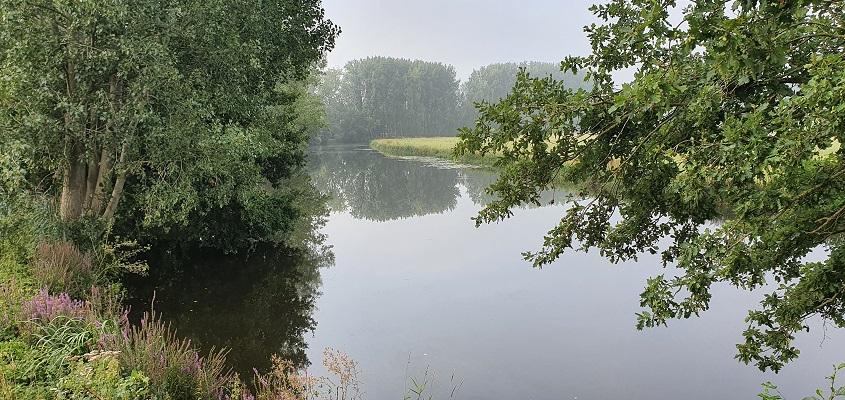 Wandeling van Vught naar Den Bosch van de Paadjesmakers bij een oude arm van de Dommel