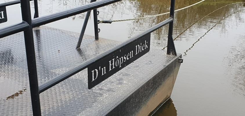 Wandeling over ommetje Sint Hubert bij het trekpontje d'n Hapsen Diek