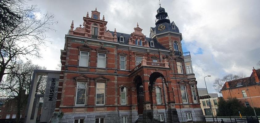 Historische wandeling Oss bij museum Jan Cunen
