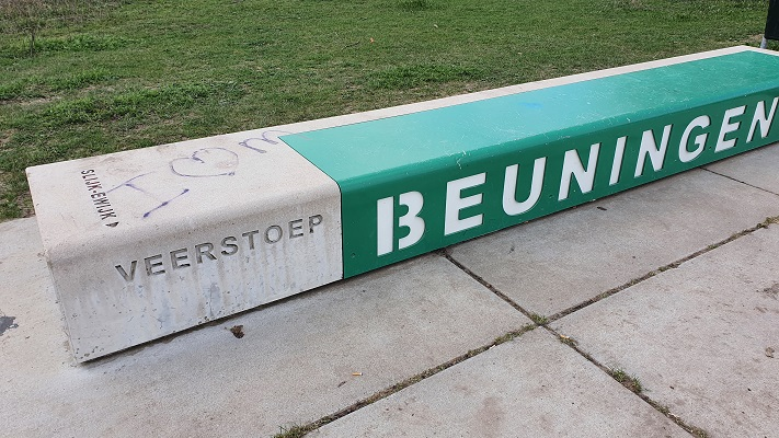 Wandeling over Trage Tocht Ewijk bij veerpont Beuningen-Slijk-Ewijk
