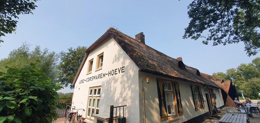 Wandeling over Trage Tocht Heeswijk bij de Looz Corswaremhoeve
