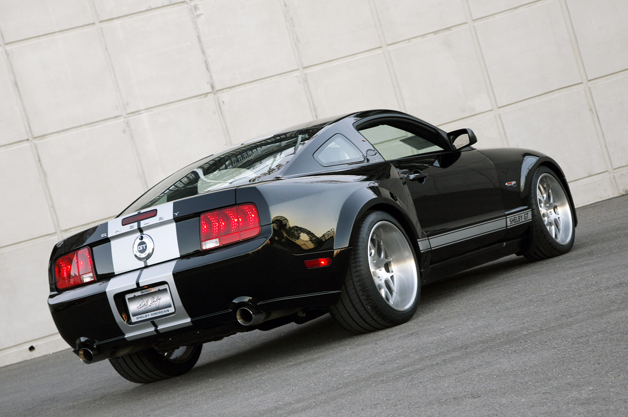 hight resolution of wide body kit for 2005 2009 mustangs amcarguide com 2005 ford mustang under hood fuse box