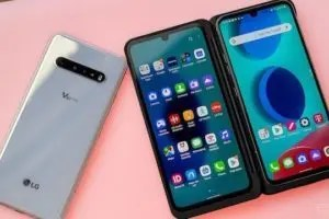 LG V60 ThinQ 5G con doppio Display