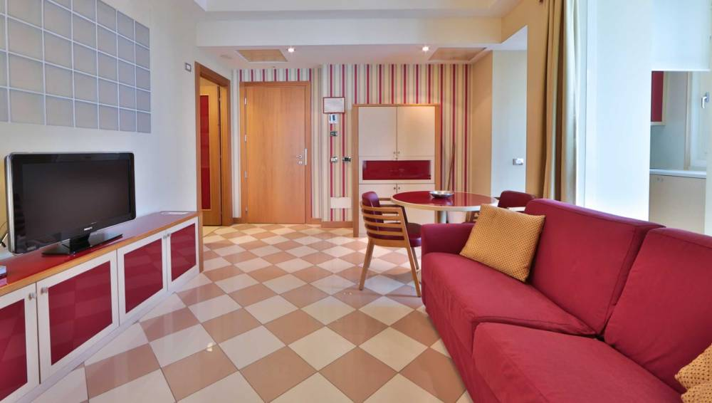 Hotel close to eni headquarters: short and long term apartment