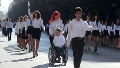 Photo of Θεσσαλονίκη: Συγκίνησε ο μαθητής ΑμεΑ στη μαθητική παρέλαση
