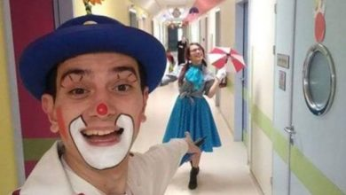 Photo of Ο κλόουν που σκορπάει χαμόγελα στα άρρωστα παιδιά στο ΑΧΕΠΑ