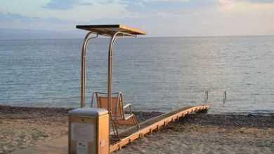 Photo of Θαλάσσιες ράμπες αναπήρων σε 4 πολυσύχναστες παραλίες τοποθέτησε ο Δήμος Ηγουμενίτσας