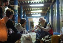 Photo of Ένα «Δείπνο Αγάπης» στρώνεται τα βράδια στους δρόμους της Αθήνας