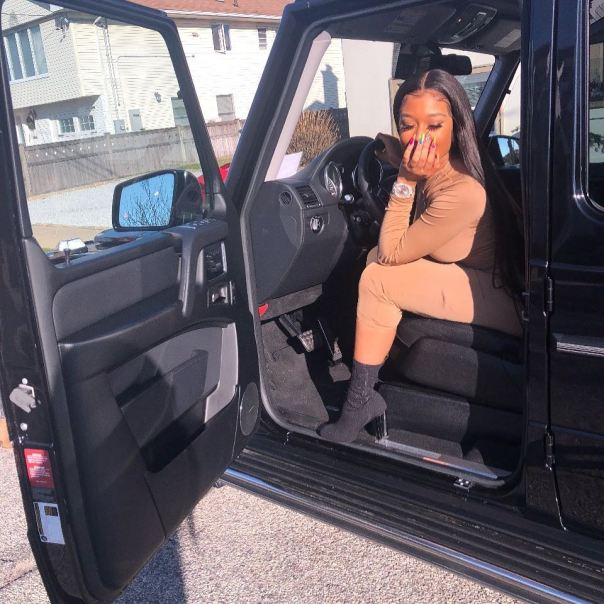 6ix9ine Bought His Girlfriend Jade A G Wagon From Jail (2)