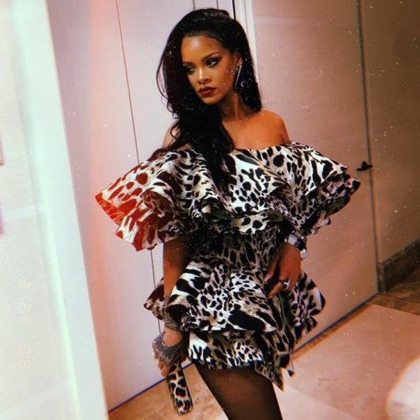 Rihanna Rips 'Idiot' Lawmakers Behind Alabama's Near-total Abortion Ban