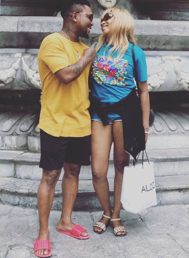 Oritsefemi And His Wife Loved Up Italy Vacation Photos (5)