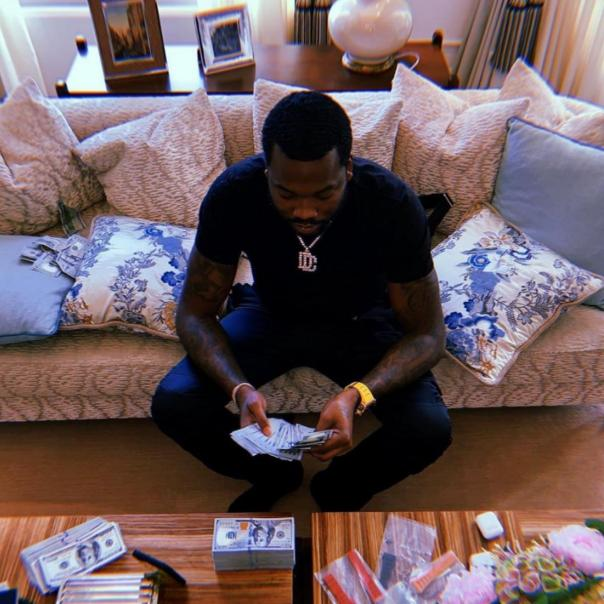 Meek Mill To Post Bank Account When He Has $100M
