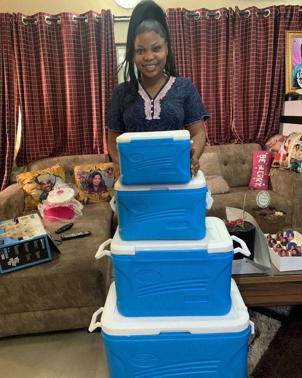 Adeniyi Johnson Surprises Seyi Edun With Birthday Gifts (2)