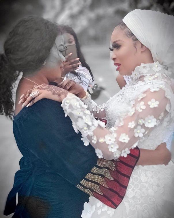 Lizzy Anjorin Traditional Wedding Ceremony Seyi Edun (8)