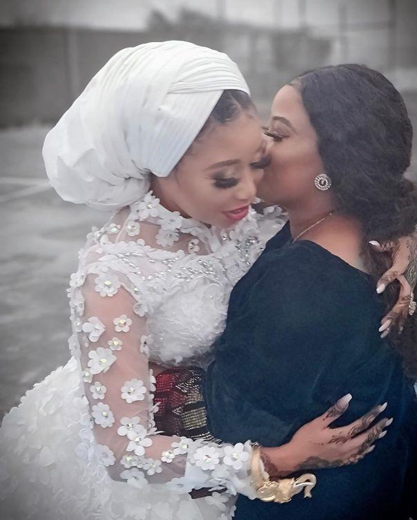 Lizzy Anjorin Traditional Wedding Ceremony Seyi Edun (6)