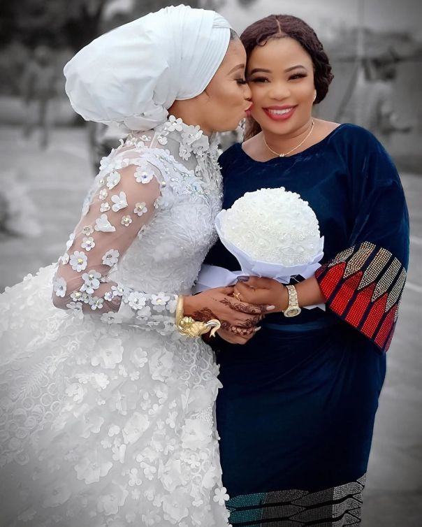 Lizzy Anjorin Traditional Wedding Ceremony Seyi Edun (3)