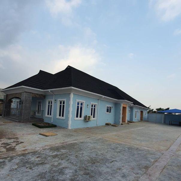 Bimbo Afolayan Buys Parents A Mansion As Sallah Gift (6)